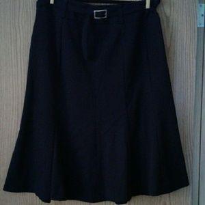 Like new!  East 5th skirt